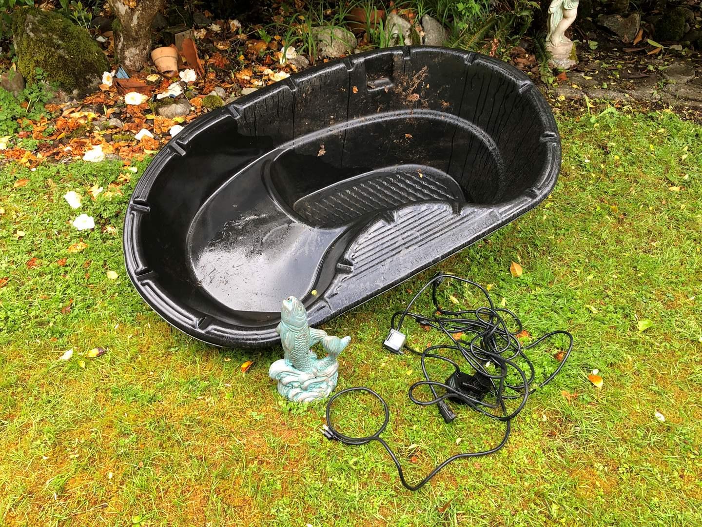 Lot # 259 - Pond w/Fish Fountain & Pump (main image)