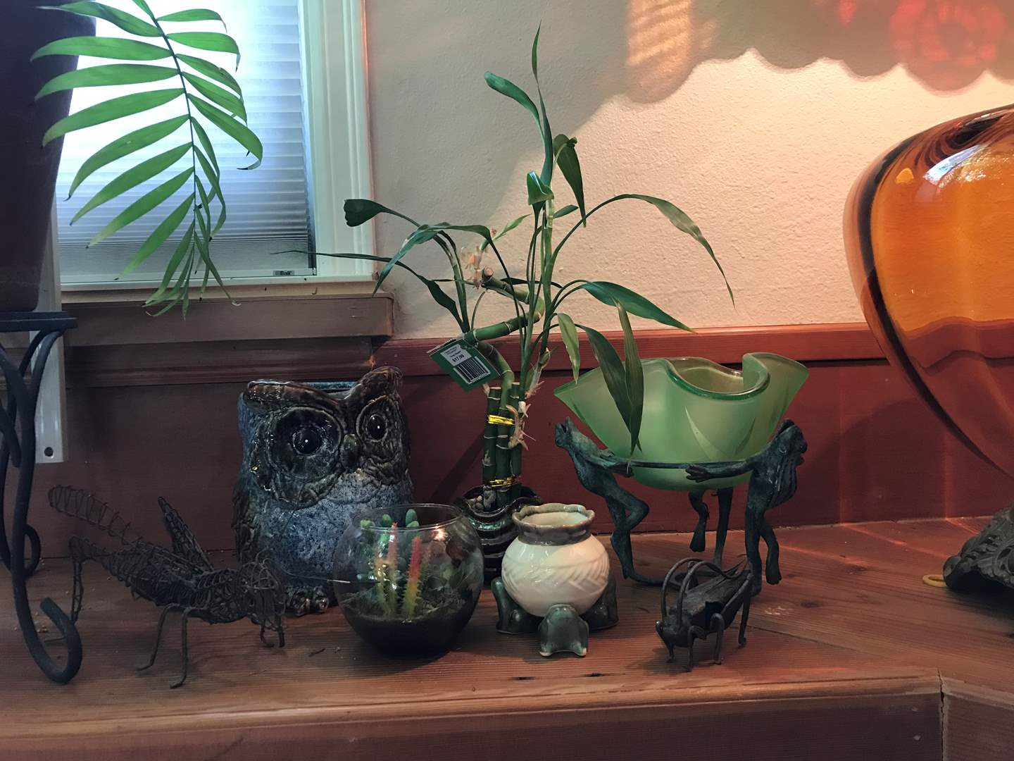 Lot # 11 - Small Bamboo Plant, Metal Grasshoppers, Owl Planter & More..  (main image)