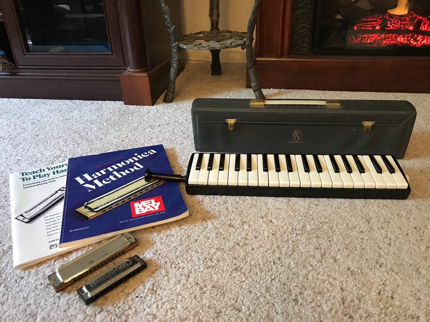 Lot # 22 - Made in Germany Hohner-Melondica Piano 36 w/Case & Two Harmonicas w/2 Books (main image)