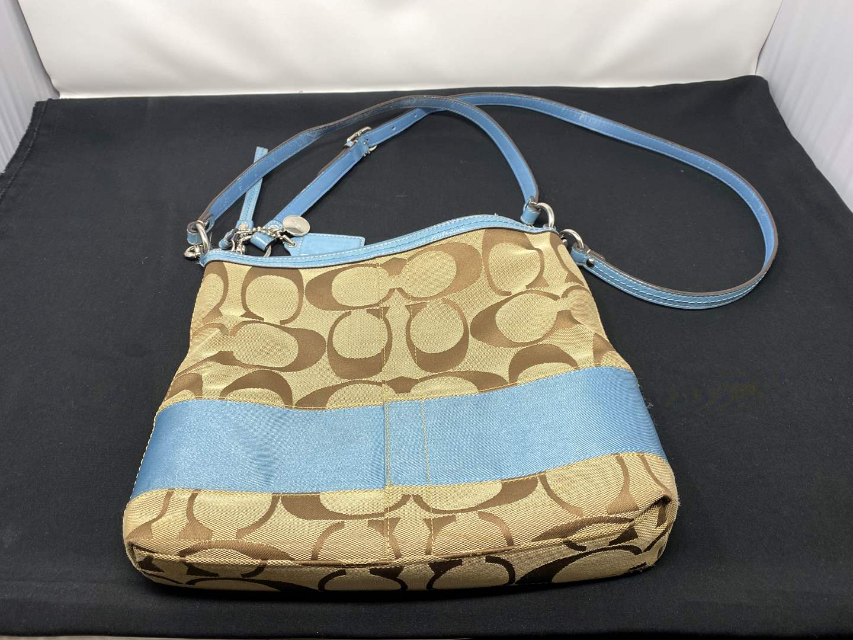 "Lot # 95 - Nice ""Coach"" Handbag (main image)"