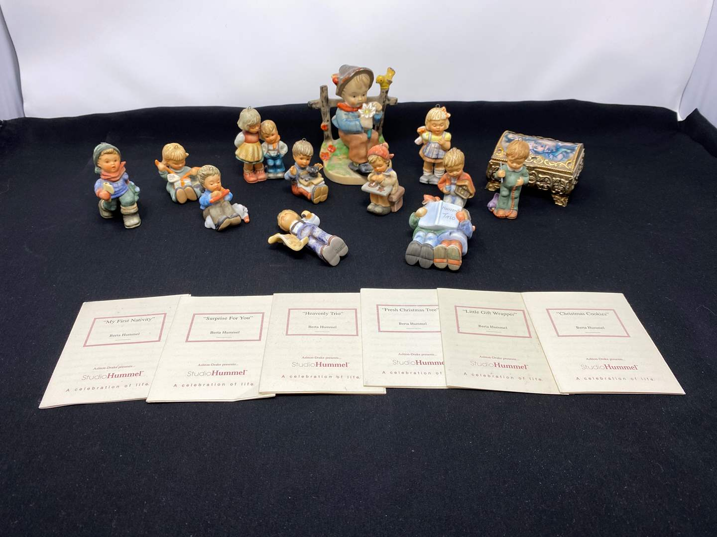 Lot # 112 - Small Collection of Hummel Christmas Ornaments. (main image)