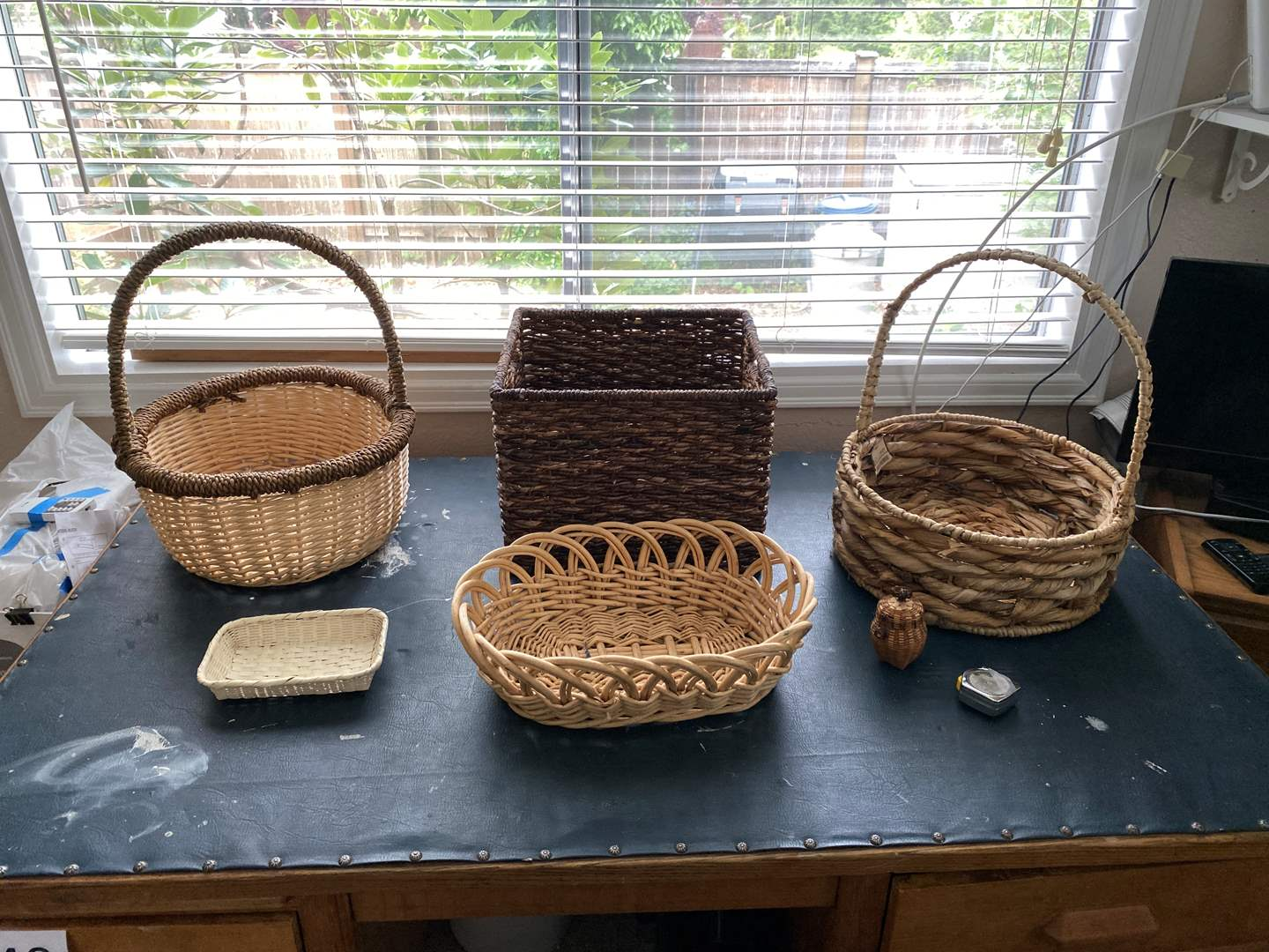 Lot # 145 - Small Collection of Baskets (main image)