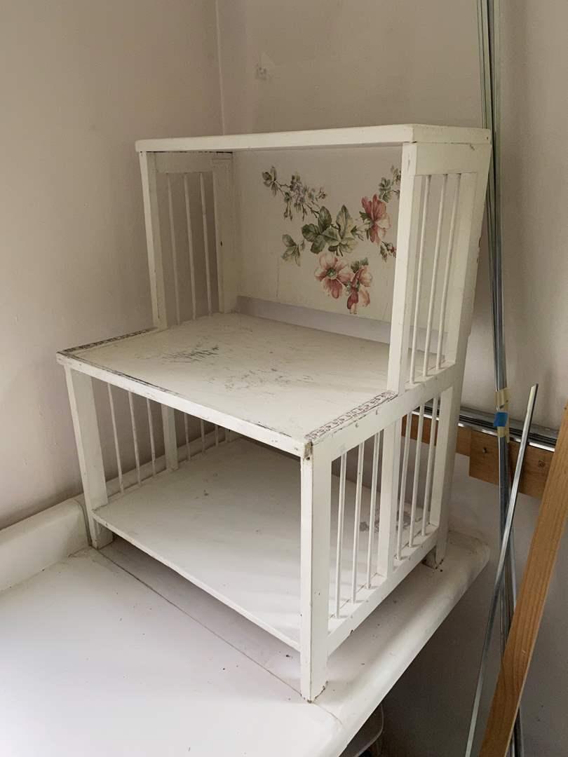 Lot # 218 - Cute White Shelf  (main image)