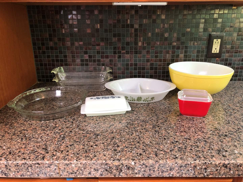 Lot # 56 - Pyrex & Fire King Items: Large Mixing Bowl, Glass Bake Split Dish, Pyrex Butter Dish, Bread Pans & More..  (main image)