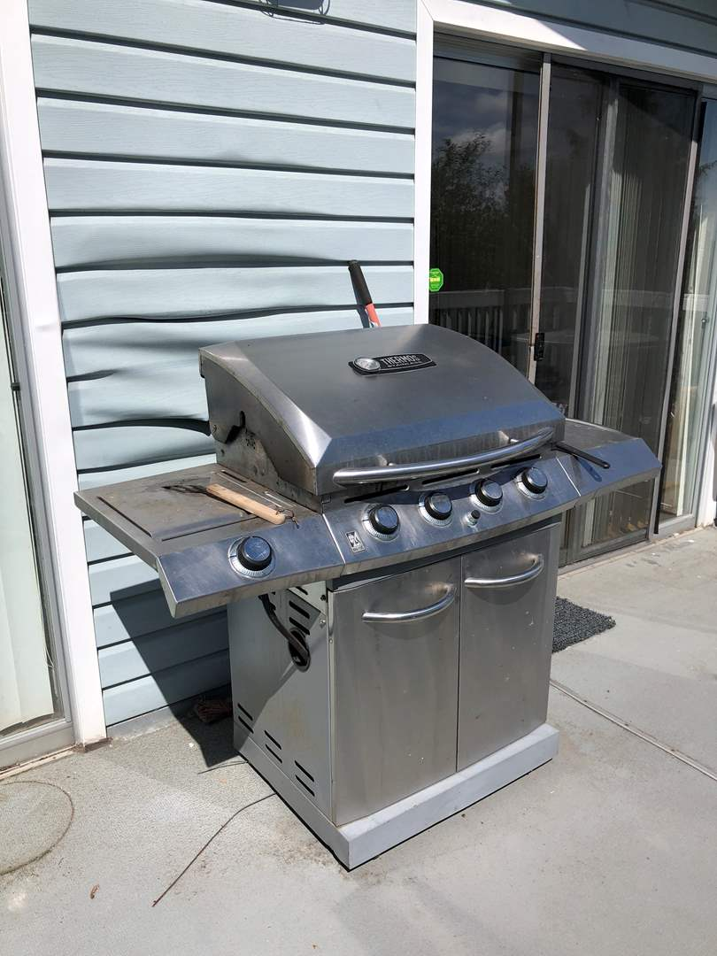 Lot # 218 - Well Used Thermos Stainless BBQ Grill  (main image)