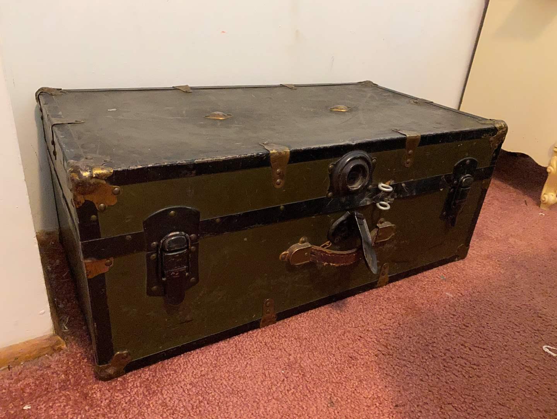 Lot # 38 - Vintage Foot Locker  (main image)