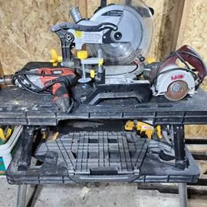 Lot#181 Ryobi Collapsing Table & Power Tools