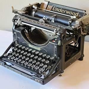 Lot#4 Vintage Underwood Typewriter #5