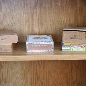 Lot#34 Cigar Box Collection
