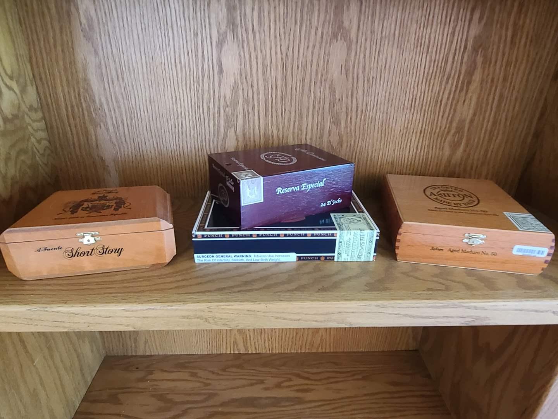 Lot#40 Nice Cigar Boxes (main image)