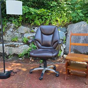 Lot#85 Pair-O-Chairs & Floor Lamp.