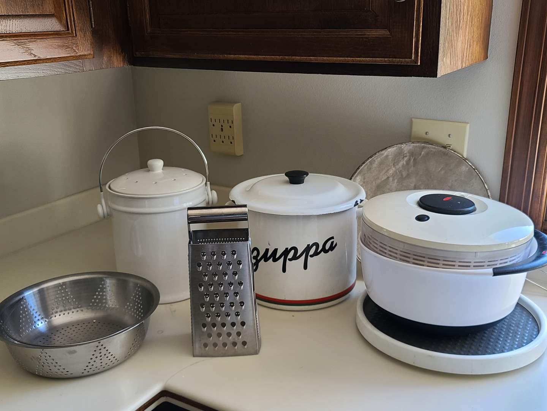 Lot#129 Kitchen Kit (main image)