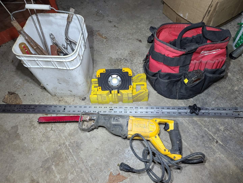 Lot#200 Power & Hand Tools (main image)