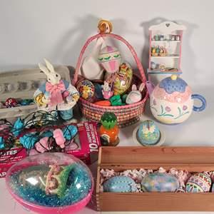 Lot#159 Easter Decor #2