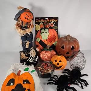 Lot#161 Halloween Decor #2