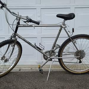 Lot#247 Men's Diamondback Mountain Bike