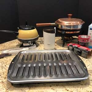 Lot # 201 - Oster Fondue Pot, Kruis Coffee Bean Grinder & Roasting Pan