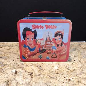 Lot # 214 - Vintage Tin Howdy Doody Lunch Pail