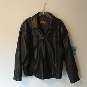 Lot # 40 - Men's J.Park Collection Leather Jacket