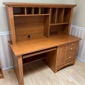 Lot # 137 - Computer Desk