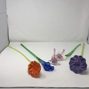 Lot # 132 - Beautiful Hand Blown Glass Flowers