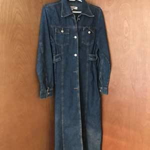Lot #293 - Vintage Jean Jacket in Excellent Condition