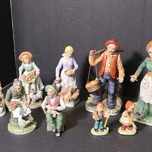 Lot # 150 Ceramic Figurines