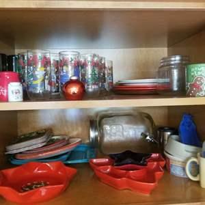Lot # 180 Christmas Kitchen Decor & More