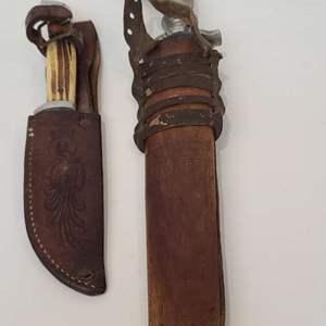 Lot # 264 Hunting Knives