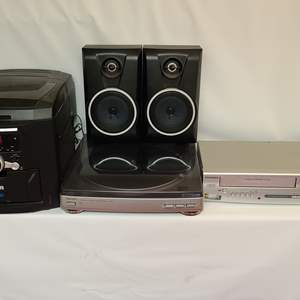 Lot # 112 Aiwa Turntable & Sylvania VHS/DVD Combo & RCA Stereo System