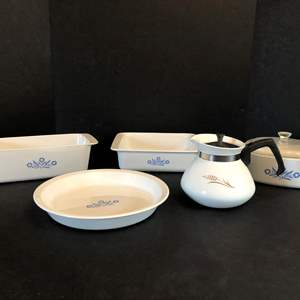Lot # 52 - Cute Lot of Corning Ware Baking Dishes, Tea Kettle & Pie Plate