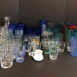Lot # 63 - Selection of Glassware & Some Plastic Cups