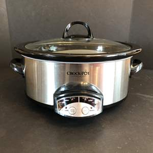 Lot # 68 - Lightly Used Crock Pot