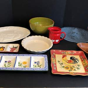 Lot # 80 - Selection of Misc. Bowls, Platters, Pie Plate