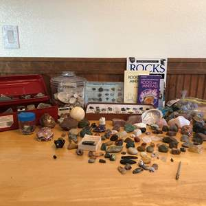 Lot # 94 - Awesome Collection of Rocks & Minerals: Rose Quartz, Abalone Shell, Agate, Worry Stones & More