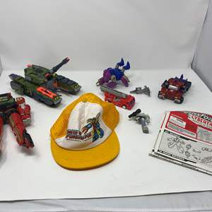 Lot # 242 - Small Collection of Vintage Transformers