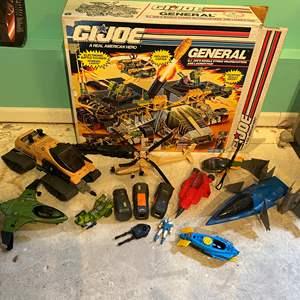 Lot # 246 - Vintage G.I. Joe Box w/ Awesome G.I. Joe Toys