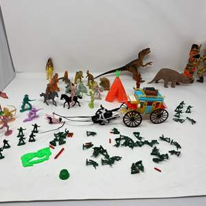 Lot # 312 - Dinosaurs w/ Cowboys, Indians & Small Soldiers