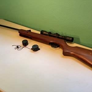 Lot # 329 - Hunter 220 Gamo 4.5 Cal. (.177) High Power Air Rifle