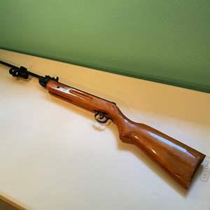 Lot # 330 - Shanchai China Model 62' High Power Air Pellet Rifle