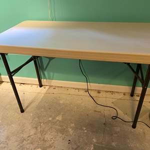 Lot # 353 - Lifetime 4' Folding Table
