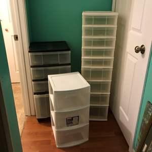 Lot # 377 - Storage Bins & Clothes Hangers