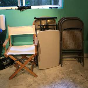 Lot # 380 - Small Folding Table & Chairs