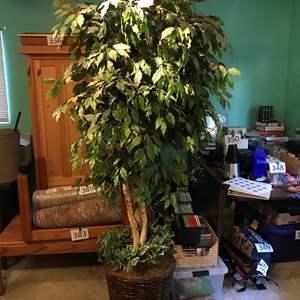 Lot # 388 - Large Faux Tree