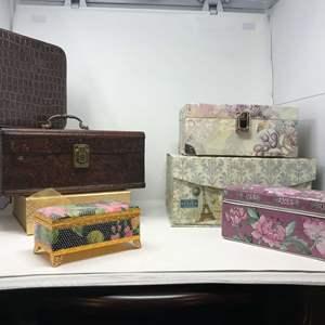 Lot # 110 - Keepsake Boxes: Wood, Beaded, Ceramic & More..