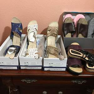 Lot # 130 - 6 Pairs of Nice Shoes & 2 Pairs of Slippers - Croft & Barrow, Paolo Corelli & More..