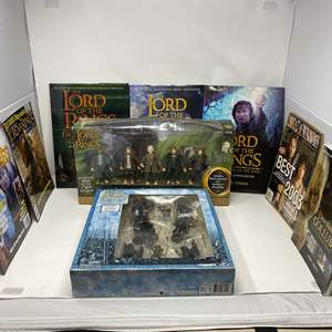 Lot # 314 - Lord of the Rings Collection
