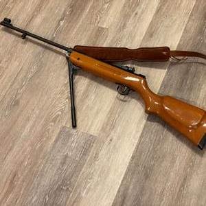 Lot # 332 - High Powered Air Pellet Rifle - (Unknown Brand)