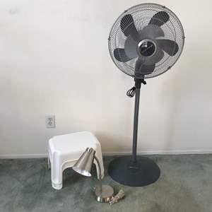 Lot # 361 - 2 Rubbermaid Stepstools, Fan & Table Lamp