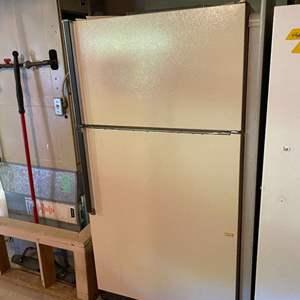 Lot # 407 - Kenmore Refrigerator